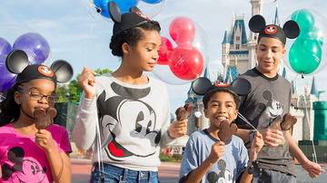 Entertainment News - Disney World's Mickey-Shaped Ice Cream Bars Are Coming To Grocery Stores