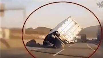 Jake Dill - Truck Driver Saves Rig from Crashing with Insane Driving Skills
