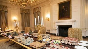 On the Web - Internet Trolls Clemson's Fast Food Dinner at the White House
