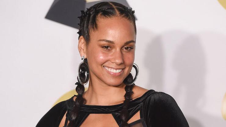 Alicia Keys To Host 2019 Grammy Awards