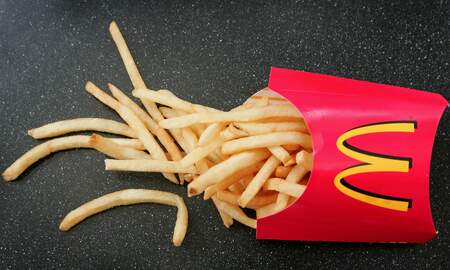 Rock News - This Genius Hack Will Change The Way You Eat McDonald's Fries