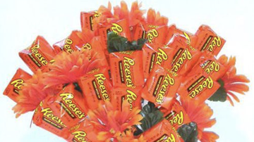 Brady - Forget Flowers - Reese's Bouquet Are The Move