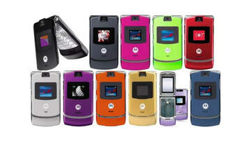 Valerie Knight - Iconic 2000s Cell Phone Motorola Razr Might Be Making a Comeback!