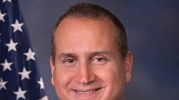 WIOD-AM Local News - Congressman Wants TPS for Venezuelan Migrants