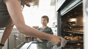 Tamo - Stay-At-Home Moms Should Earn Over $162K A Year