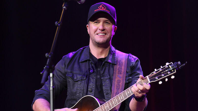 Luke Bryan Announces 2019 'Sunset Repeat Tour': See The Dates
