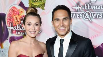 Valentine In The Morning - Alexa and Carlos PenaVega Are Expecting Baby No. 2