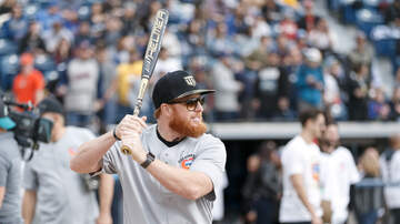 Sports News - LA City Council Proclaims Tuesday, January 22, 2019 As Justin Turner Day