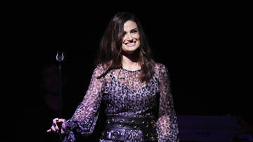 Dave Styles - Idina Menzel Calls Herself A Bad Mom For This Reason!