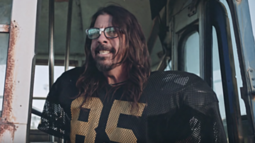 Music News - Foo Fighters Play Misfit Football Players in Hilarious Short Film: Watch