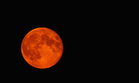 National News - Rare Super Blood Moon Set To Rise Across North And South America