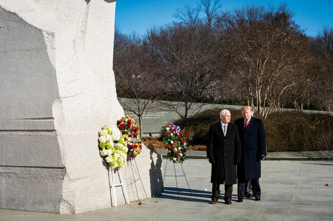 Trump and Pence visit MLK Memorial
