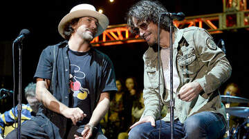 Trending - Chris Cornell's Death Affected Pearl Jam Recording a New Album