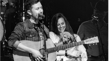 Dan Zuko - Scotty McCreery's Pup Makes His On Stage Debut