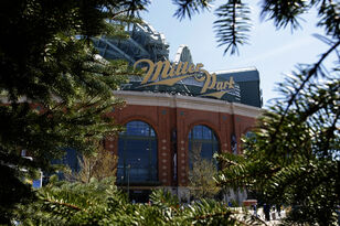 American Family Insurance to pick up Miller Park naming rights in 2021