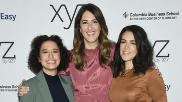 Entertainment News - D'Arcy Carden Talks Early Friendship With Abbi Jacobson & Ilana Glazer