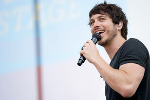 Morgan Evans Experiences 'Shark-ing' Encounter While Surfing