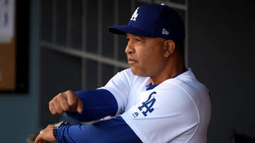 Sports News - Dave Roberts Joins To Talk Super Bowl, Free Agency, and Yasiel Puig