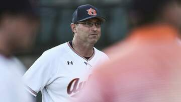 Van Riggs - Auburn Baseball Coach Butch Thompson Previews 2019 Season