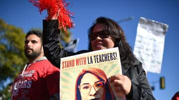 Cliff Notes on the News - Should We Worry About a Teachers Strike in San Diego?