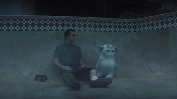 Trending - Twenty One Pilots Befriend An Alien In 'Chlorine' Music Video