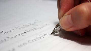 Tawny - What Does Your Handwriting Say About Your Personality?