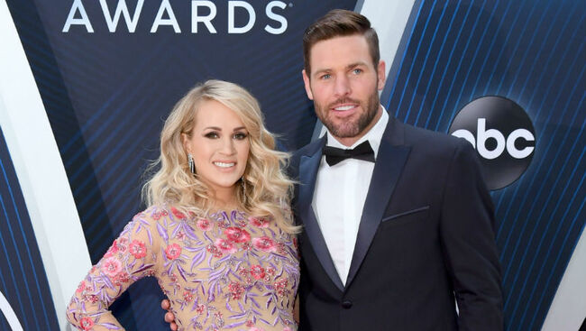 Carrie Underwood's Husband Mike Fisher Is Officially An American Citizen