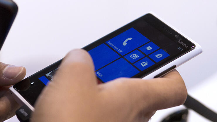 A person uses a Windows Phone