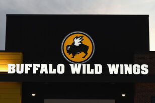 Buffalo Wild Wings Will Give Free Wings If Super Bowl Goes Into Overtime