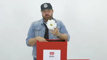 iheartradio-exclusives - Randy Houser on Why He Named His Album 'Magnolia,' Garth Brooks & More