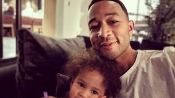 Sisanie - John Legend and Daughter Luna Have A Daddy-Daughter Wig Party