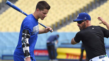 Dodgers Clubhouse - Corey Seager Talks About Where He Is In His Recovery Process