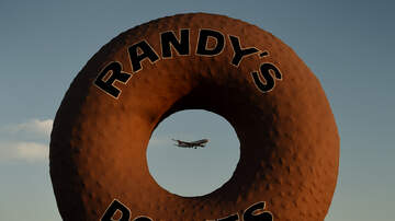#iHeartSoCal - Randy's Donut Gets Rams Makeover In Time For Super Bowl LIII