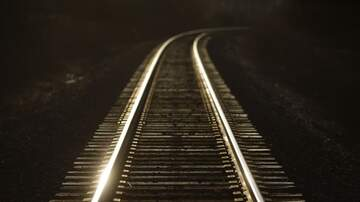 Temple - Chicago Sets Train Tracks On Fire During Extreme Cold