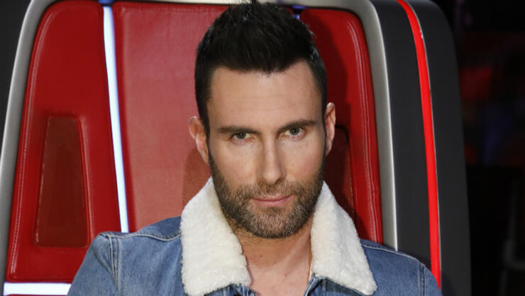 adam-levine-super-bowl-drama