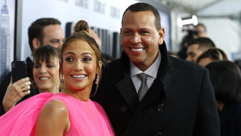 Jennifer Lopez & Alex Rodriguez Spotted Having Dinner After Breakup