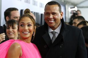 Jennifer Lopez Writes 2-Year Anniversary Love Note For Alex Rodriguez