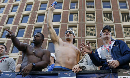 Sports Top Stories - Patriots Celebrate Super Bowl Victory With Raucous Parade Through Boston