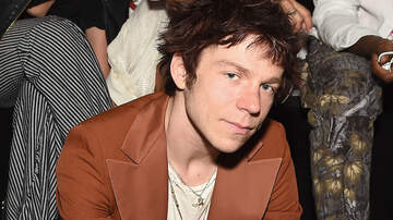 Trending - Cage The Elephant's Matt Shultz Talks Band's Future And 'Bright Sadness'