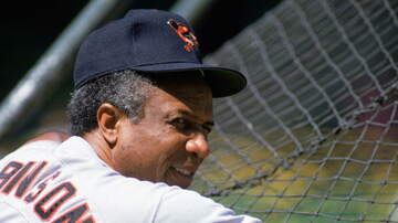 Sports Desk - Hall of Fame Outfielder Frank Robinson Dies