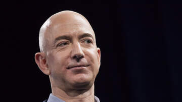 Politics - Amazon Founder Jeff Bezos Accuses National Enquirer of Attempted Blackmail