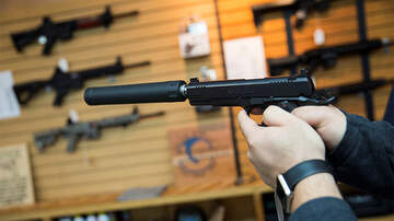 Politics - Illinois Lawmakers Want Gun Buyers To Reveal Their Social Media Accounts