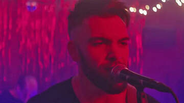 Lindsey Marie - WATCH: The Video For Dylan Scott's 'You Got Me' Is Here!