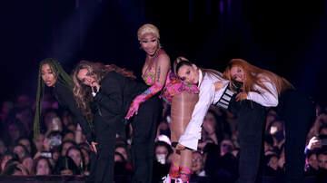 DJ Amili - Nicki Minaj Boo'd Up In Booty Grabbin Pics