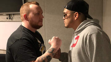Battle - Anthony 'Showtime' Pettis Hangs Out On Battleground