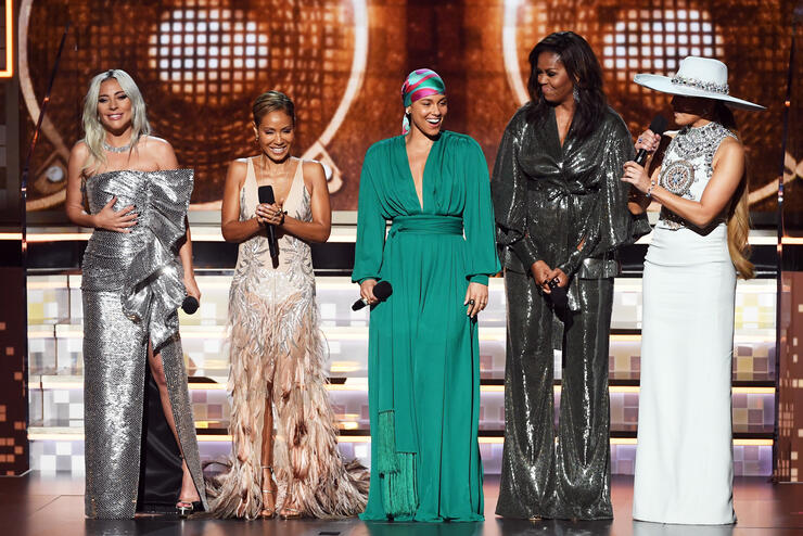 michelle-obama-grammys-2