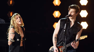Headlines - Miley Cyrus Performed 'In My Blood' With Shawn Mendes At 2019 Grammy Awards