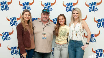 Bull Music Lounge Blog (52324) - Runaway June in the Bull Music Lounge