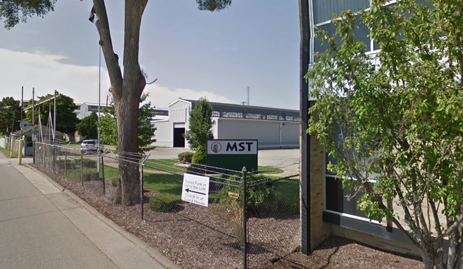 man falls into tank of sulfuric acid at Michigan manufacturing plant