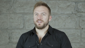 iheartradio-exclusives - Logan Mize on The Actor He Wants To Be Friends With & Better Off Gone